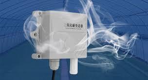 借助MG-811二氧化碳传感器模块实现对数响应线性化的纯硬件解决方案