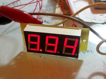单片机DIY小型电压表电路方案设计