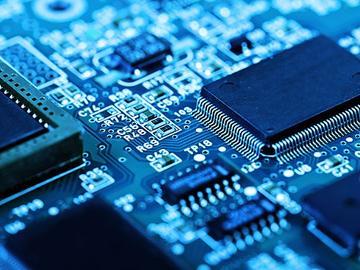基于RC1880CEF-SPR的传感器接口和控制逻辑电路设计
