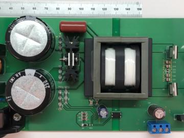 基于UCC256302 LLC谐振控制器的30V/250W输出和13.8V/11W 输出转换电路设计