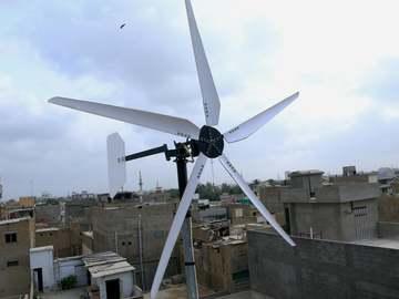 利用汽车交流发电机DIY风力涡轮机
