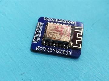 适用于流行ESP-12E和ESP-12F模块的面包板友好型分线板(电路图)
