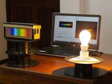 超低成本的DIY低成本光谱仪