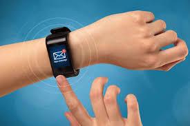 智能手环是如何追踪人们的健康数据?