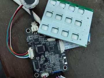 基于STM8L超低待机功耗指纹锁全套方案(PCB+BOM+开发资料)