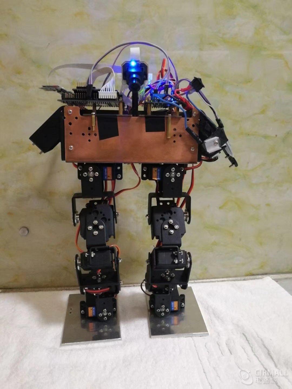 基于K60开发的摄像头识别的田径机器人源码+全套资料