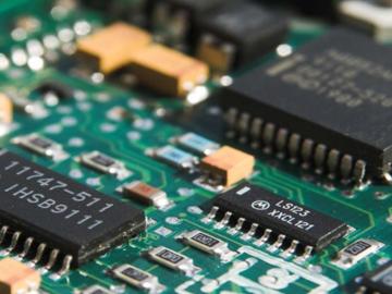 基于恩智浦i.MX6UL处理器的电池电源管理电路设计