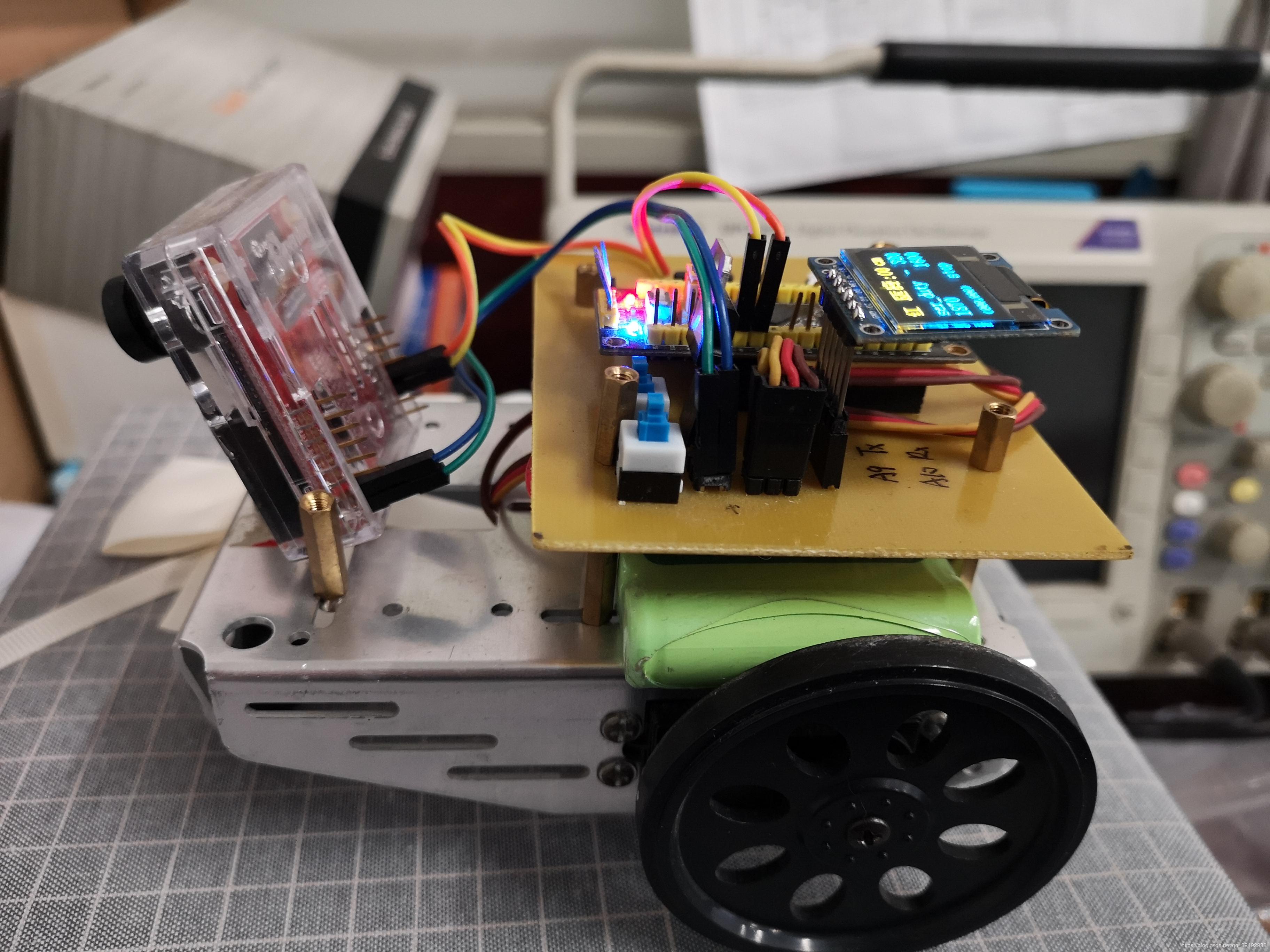 基于OpenMV的STM32追球小車