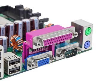 基于ISL820xM模块的可扩展性的DC/DC转换器解决方案设计
