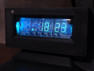 带空气质量监测的 VFD 时钟