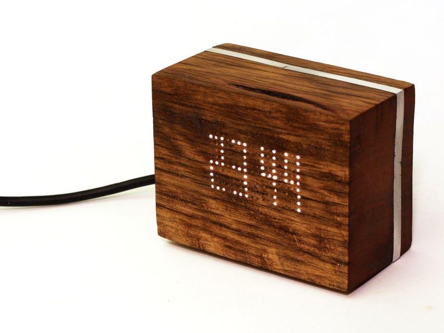 純手工打造木制LED時鐘