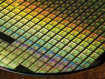 统治半导体行业半个世纪的CMOS要被新的晶体管替代?
