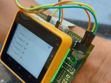 基于 AWS 物联网服务的可穿戴温度监测器