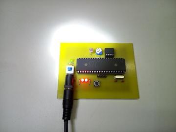 (毕业设计)基于单片机的爆闪警示灯设计(原理图+PCB+程序+论文)