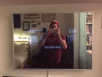 基于树莓派的智能家居镜子