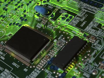 基于恩智浦RT1052的高性价比边缘计算电路方案设计