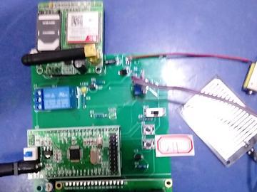 基于STM32单片机的智能恒温饮料机设计-拨动-DS18B20-液位-GSM-(电路图+程序源码)