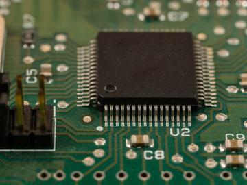 基于飞思卡尔S12单片机的转速测量系统并制作labview上位机