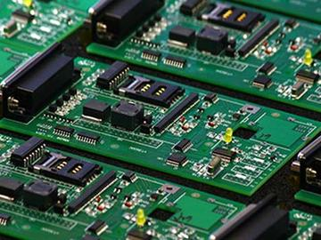 基于ZL6205的电源转换电路设计