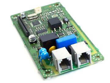 基于 MCU与CAN接口的低成本高精度电流检测方案设计