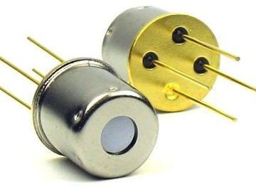 基于ZTP135S-R型传感器的体温计设计方案