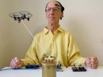 基于Arduino的脑电波控制无人机系统