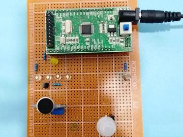 基于STM32单片机的自动照明灯设计-热释-光敏-声音-高亮-(电路图+程序源码)
