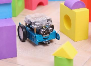 编程教育机器人mBot终于占领消费市场?AI教育从娃娃抓起的春天来临?
