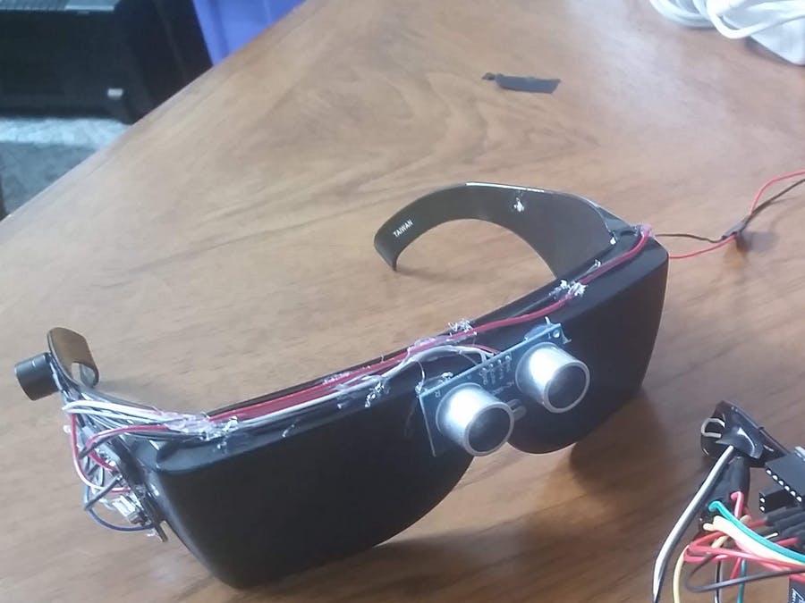 盲人用超声波眼?#25285;?#34562;鸣器报警