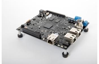 用于工業通信和電機控制的單芯片驅動器