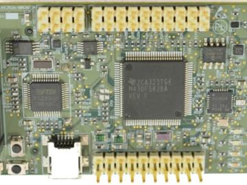 用于6LoWPAN和2.4 GHz应用的 RF 传感器节点的开发板电路设计