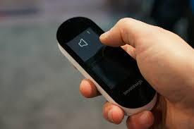 基于安卓手机wifi的智能遥控器设计
