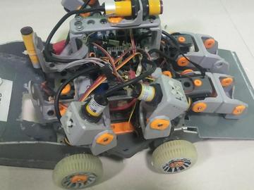 统一部件组1V1擂台机器人