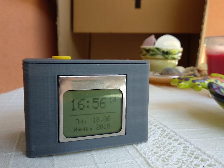 Arduino DIY时钟,节能模式和3D打印的外壳