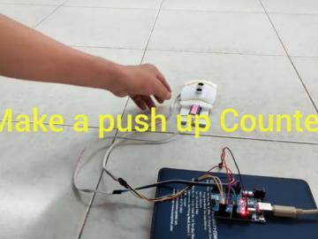 4数字7段显示俯卧撑计数器,基于Arduino和超声波传感器设计