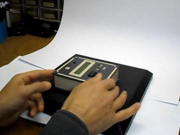 易于构建,但非常灵敏的电磁场检测器