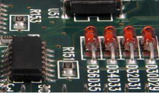大尺寸LED生产线印刷焊膏和再流焊工艺必须注意优化和工艺控制