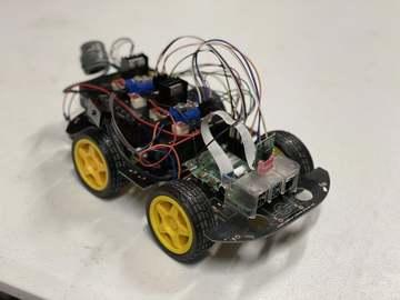 基于树莓派制造的遥控小车