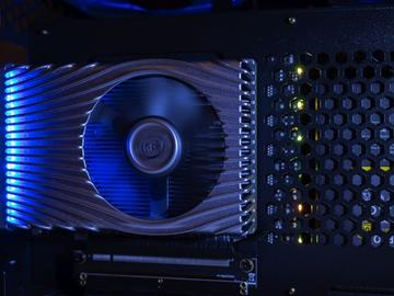 Intel DG2高性能独显曝光:台积电7nm代工