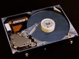 基于LPC2458设计的片外存储系统