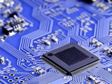 基于CY15V104QI F-RAM 设计的电池供电智能产品如何确保低功耗?