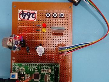 基于STM32单片机的汽车尾气检测系统设计-LCD1602-MQ2--蓝牙-(电路图+程序源码)