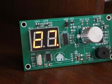 基于8位STM8S103F3P6微控制器和编码器的电子厨房计时器