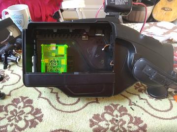 带有数据标记的90年代树莓派摄录机