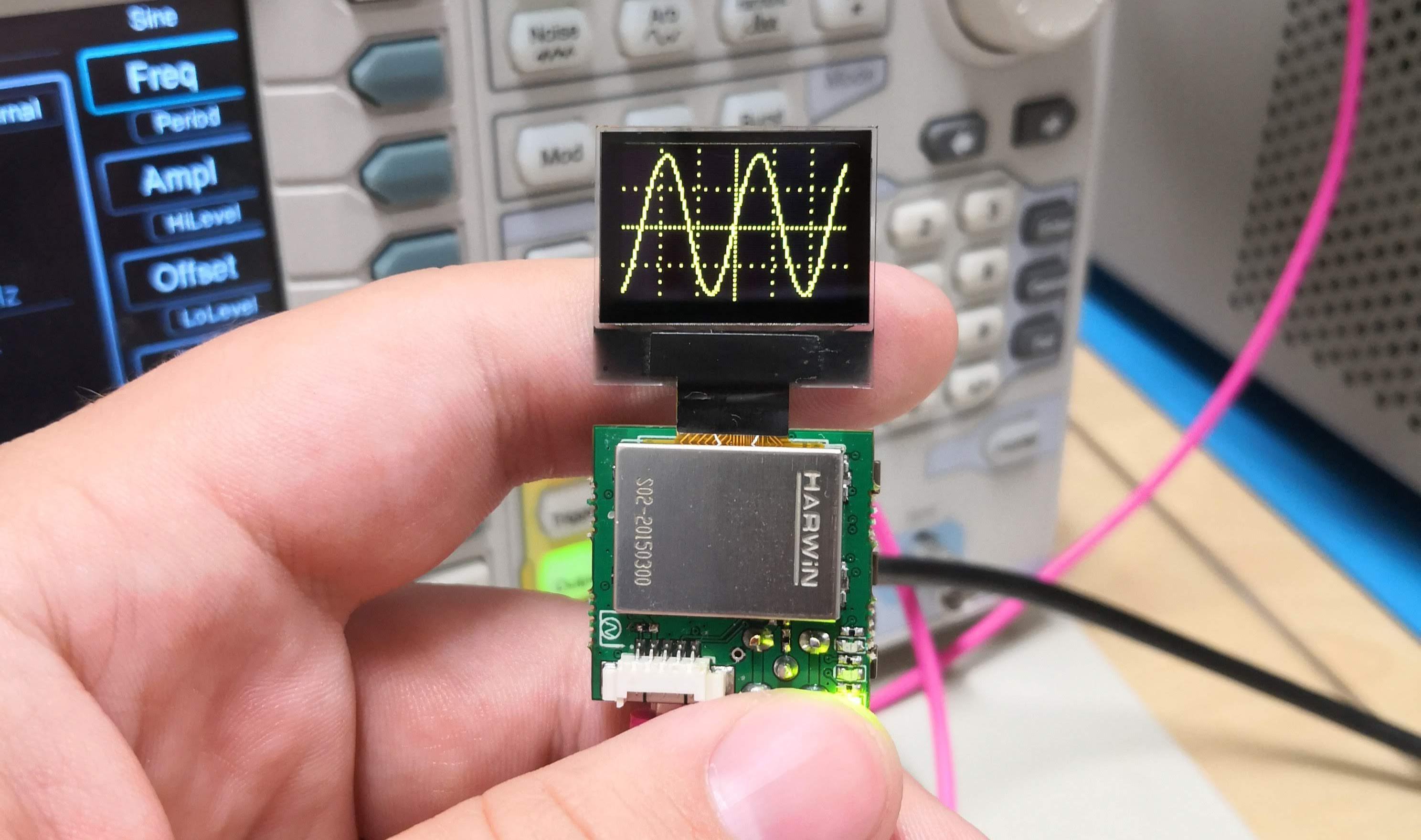 基于PIC32MZ的1x1 20msps示波器