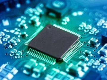 基于SN74LVC1G14的电平转换电路设计