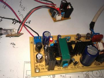 TOP227Y与整流二极管MUR620CT组成的超高性价比反激式开关电源电路设计