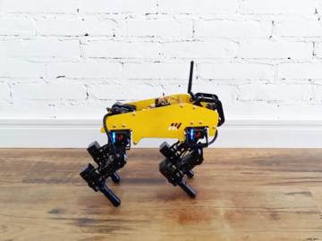 DIY基于Arduino和LSS的四足机器人:步态改善