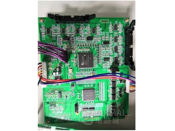 基于TMS320F28335+CPLD的电力电子控制?#25945;ǎ?#36866;用于PCS、光伏、UPS(AD格式)