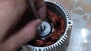 基于三相方波电源设计的陀螺电机专用数字可调式测试电源系统